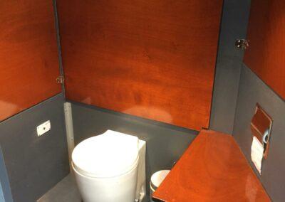 toilet-aanboord-loosdrechtse-plassen-sloep